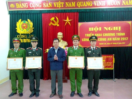 4anh+cong+an+4