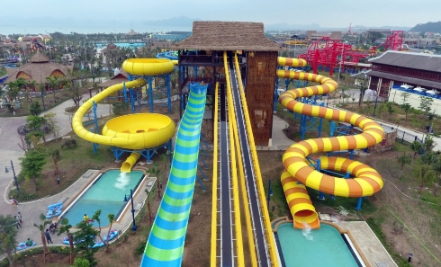 typhoon water park sun world halong complex 4